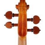 5-instrumente-hering-geigenbauer-leipzig-geige-kreisler-guarneri-del-gesù-kopf-hinten
