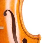 7-instrumente-hering-geigenbaumeister-leipzig-violine-leonhard-f-loch-rechts